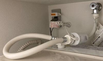 銀イオンホースを洗濯機に付けたところ